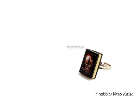 Hobbit / Kitap Yüzük  #fashion #design #miniature #food #art #miniaturefoodart #polymerclay #clay #minyatur #polimerkil #kil #nutella #tasarim #taki #sanat #moda #sokak #tutorial #yummykupe #mold #kalip #nasil #bileklik #kolye #kupe #yuzuk #aksesuar #kadin #ring #earring #accesorie #necklace #hobbit #unexpectedjourney #tolkien