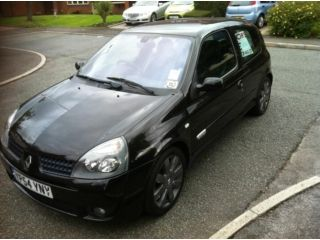 2004 renault clio sport Manchester Picture 3