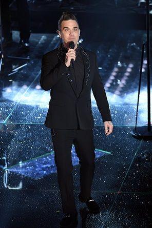 Sanremo 2017, i voti ai look della seconda serata - VanityFair.it