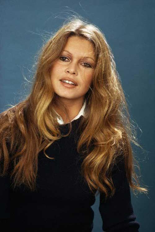 Schöne Frisuren für wellige behaarte Damen  #behaarte #damen #frisuren #schone…