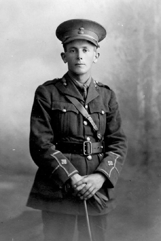 2nd.Lt. GWILYM JAMES, 13 R.W.F. OF COEDPOETH nr. WREXHAM DIED OF WOUNDS AT No. 3 CASUALTY CLEARING STATION FRANCE 08.10.18 BURIED AT THE ROCQUIGNY - EQUANCOURT Rd. BRITISH CEMETARY, MANAN COURT
