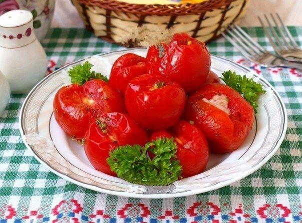 Фото к рецепту: Малосольные помидоры в пакете.