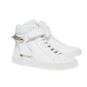 Herry white with white sole and white strap with shark jewel