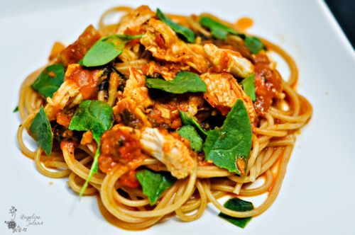 The Epicurean Bodybuilder's Postworkout Pasta Sauce - always on the search for no/low sodium pasta sauce recipes to try.