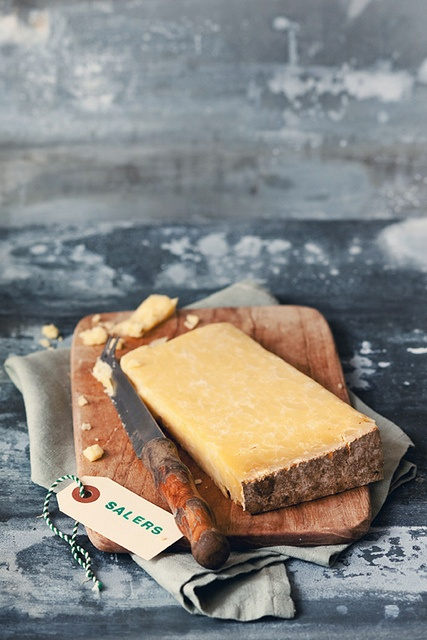Le fromage de Salers by Virginie Photography, via Flickr