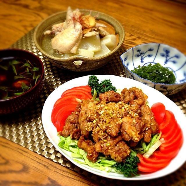 鶏&鶏のおかずになっちゃいましたぁ。 - 248件のもぐもぐ - 手羽先と大根の塩麹煮・刻みメカブ・油淋鶏・カリフラワーとエノキと水菜のお味噌汁 by madammay