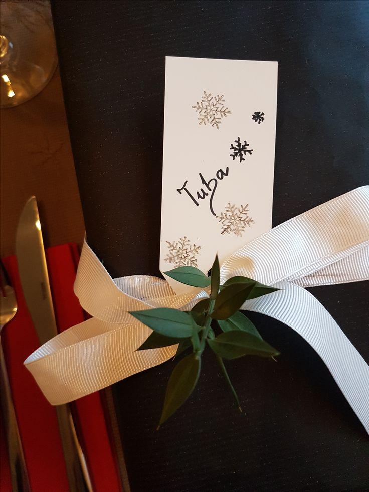 Hediye paketi ilhamı <3 #gift #wrapping #ideas #hediye #paketi #fikirleri #rustic #Christmas #yeniyıl #yılbaşı