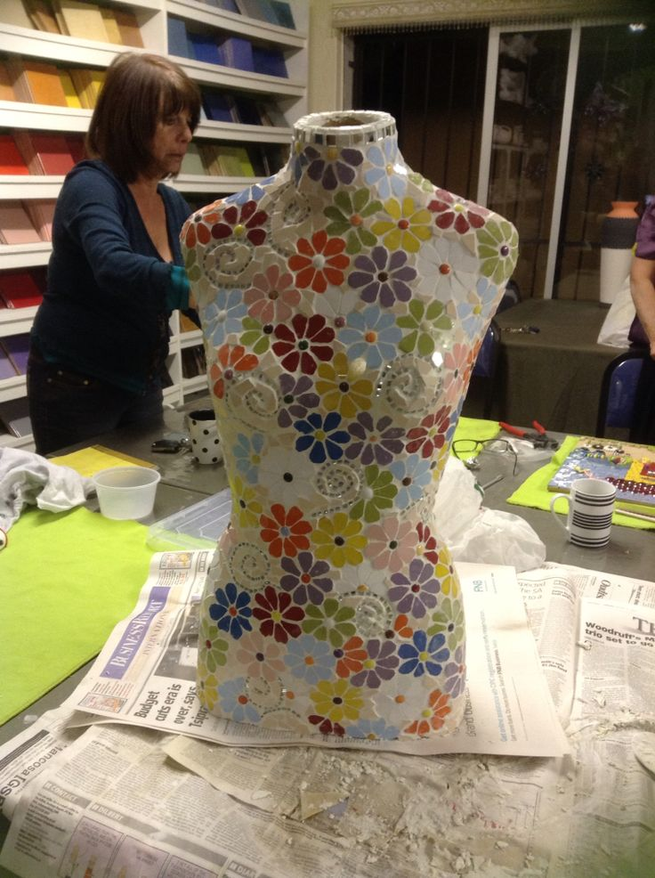 Mosaic bust completed in Lisa B's Art studio by a student