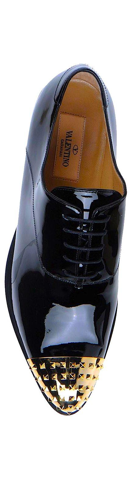 Black & Gold Essence ✦ Valentino ✦ from my board: https://www.pinterest.com/sclarkjordan/black-gold-essence/