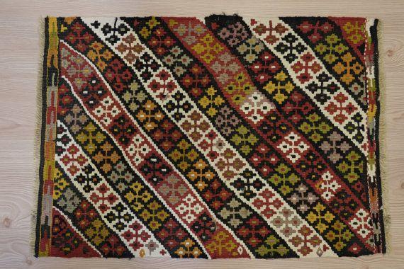 ViNTAGE HANDWOVEN Turkish Kilim-Kilim Rug-Home by kilimci on Etsy