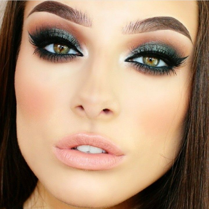 @luxylash Brown n green eyeshadow