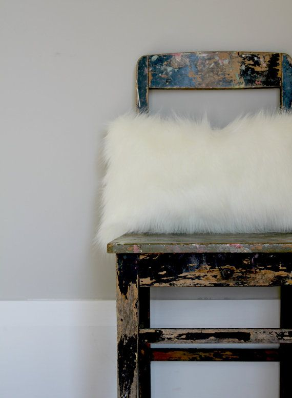 White Fox faux fur cushion cover - gorgeous winter décor, a great way to add some texture to your décor. Soft off white fur cushion made To Order