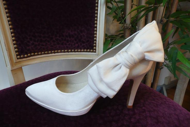 Chaussures Mademoiselle Rose Personnalisée avec un noeud