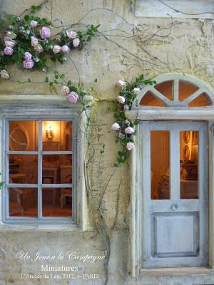 French country- perfection! The pale blue with pink roses is just lovely.....