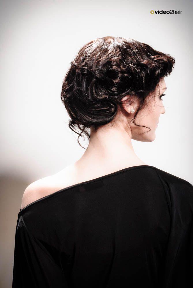 Ein Haarstyling von Martha Norz. Das volle Video: www.video2hair.com