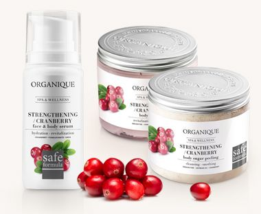 Cosmetics Organique in strengthening Therapy / Cranberry