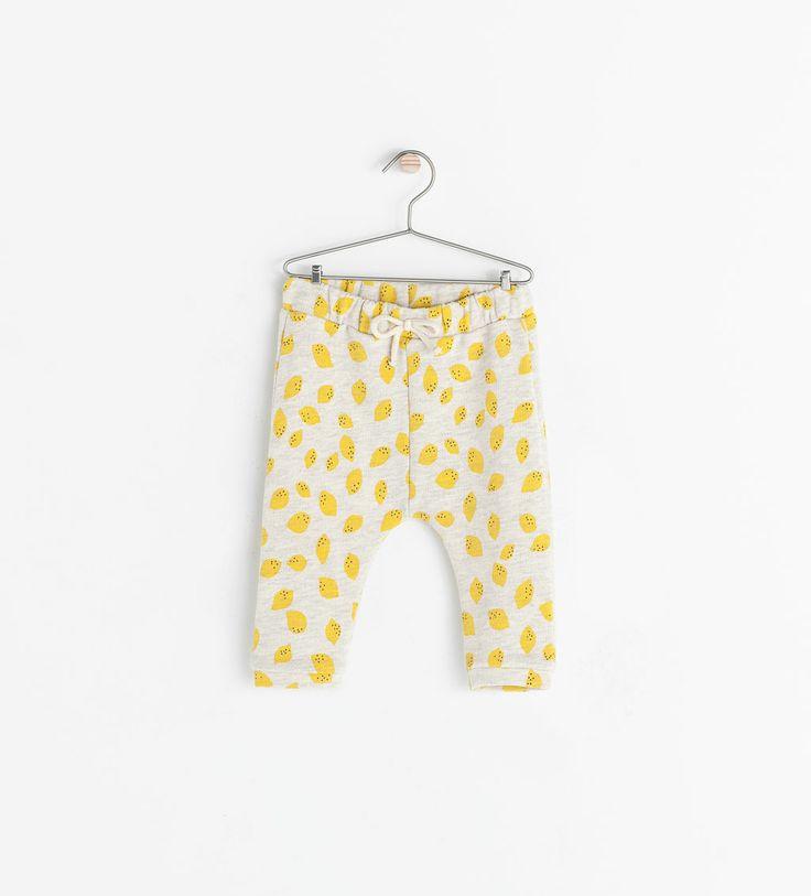 little lemon pants!