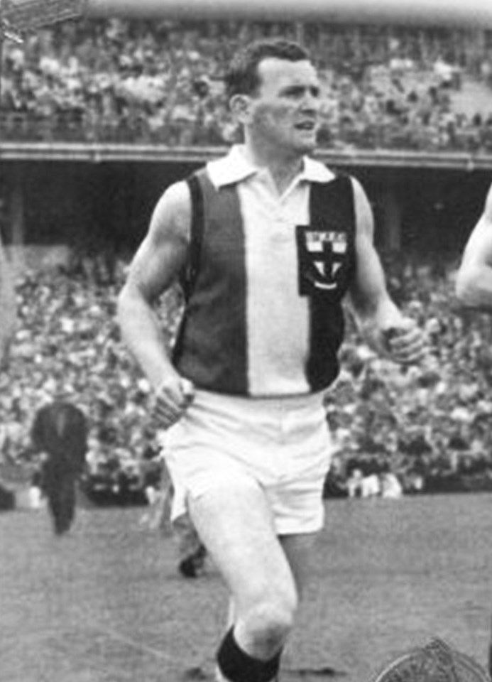 Legend - Ian Stewart (St Kilda, Richmond). Games – 205 (St K 127: Rich 78). A football genius. Out of the centre, his precision passing, evasive skills and pace made him unstoppable. One of four triple Brownlow Medallists.