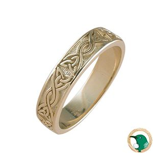 Ladies Faith Celtic ring  18ct yellow gold ring featuring a unique raised Celtic knot work pattern.