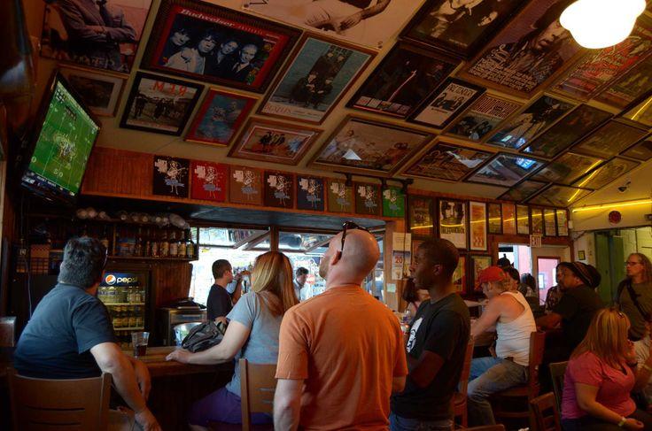 Pub Crawl: Sam's Burger Joint