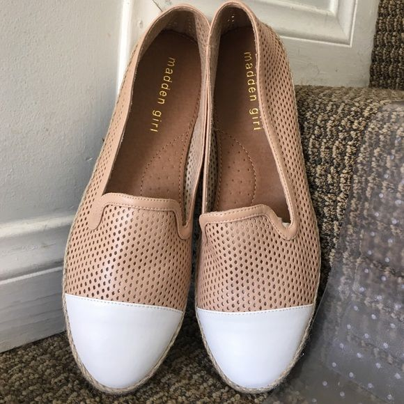 ✨Temp Sale! Madden Girl Nude Espadrille Flat Adorable nude, Poppyyyy flat by Madden Girl! Looks amazing with skinny jeans or shorts. Never used; will be sent in original box. Buy, bundle, or reasonable Offer.  Madden Girl Shoes Espadrilles