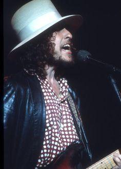 6- Bob Dylan - The Last Waltz concert at Winterland November 25, 1976