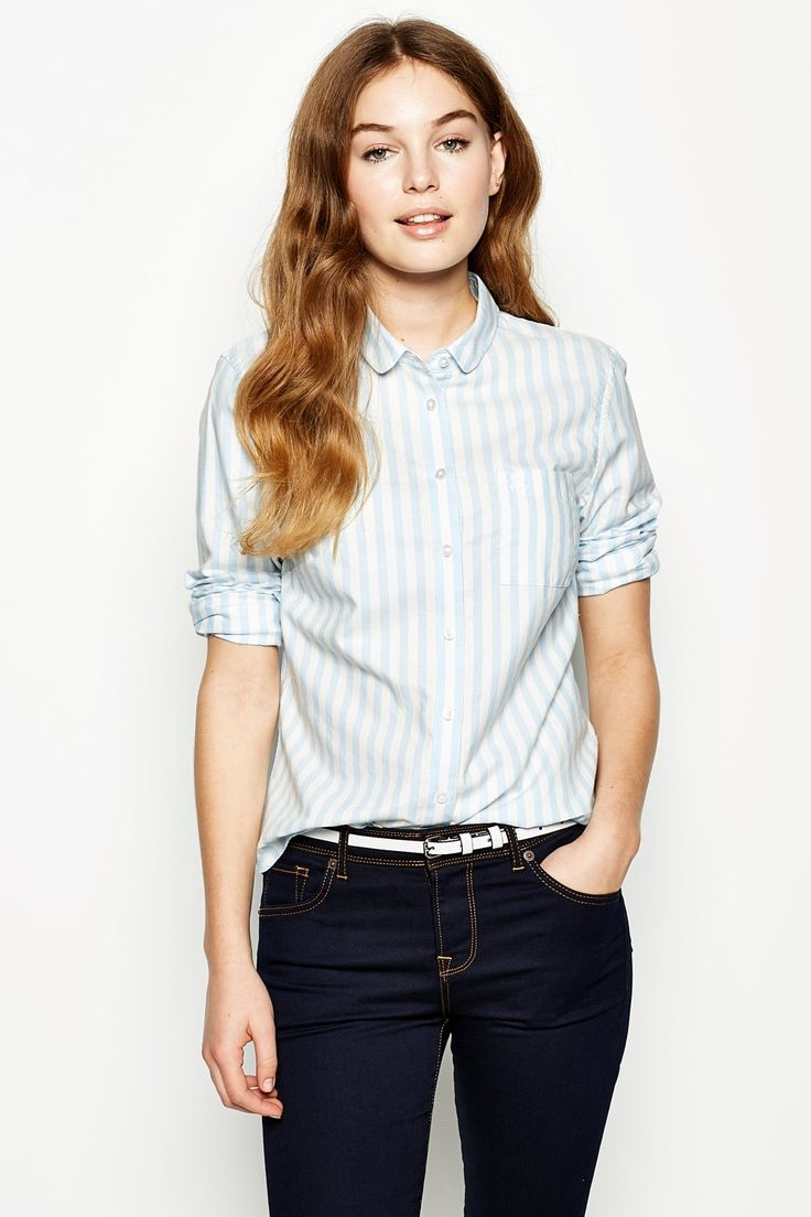 Southbrook Classic-- Jack Wills | Everyday look | casual wear | womens fashion | jeans | shirt | Teal Blue Sea