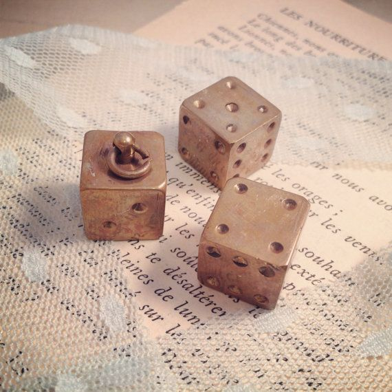 [INCEPTION]  1  Dice Charm Antique Bronze Die Pendant by ingredientsforlovely