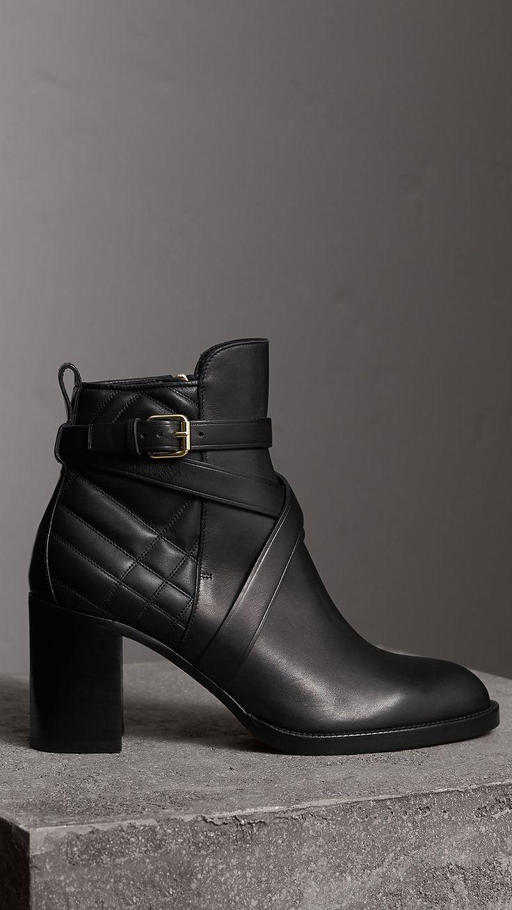 Bottines en cuir matelassé avec sangle (Noir) - Femme | Burberry