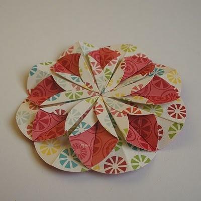 Kwiatek origami krok po kroku: Step-By, Flowers Diy, Step, Diy Flowers, Flower Origami, Tilda Patterns, Scrapgaleria Tilda Dolls, Iris Folding, Step
