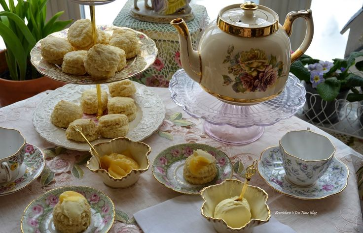 "Bernideen's Tea Time Blog: LEMON CREAM CHEESE SCONES for ""Friends Sharing Tea"""