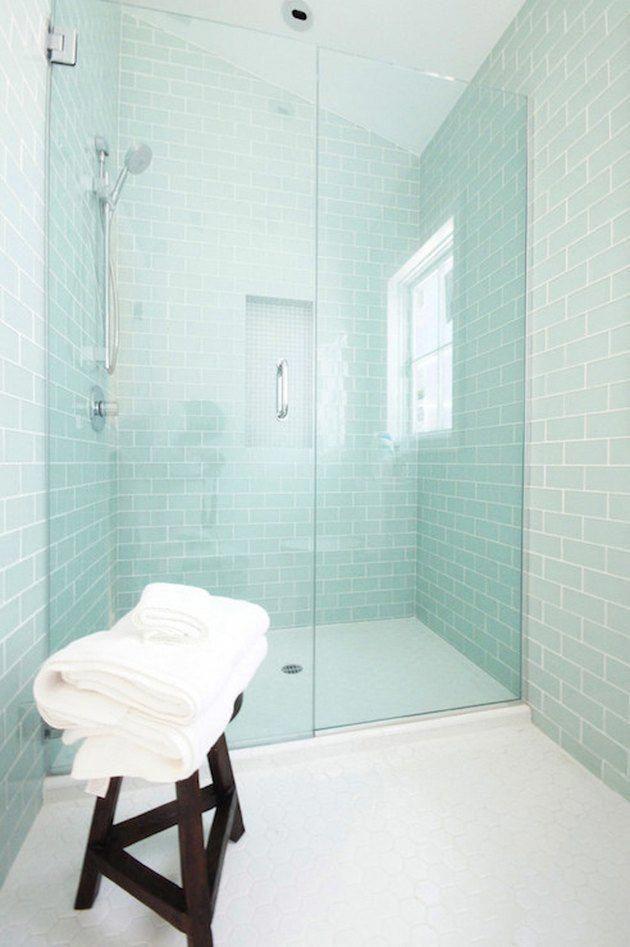 7 Glass Tile Bathroom Ideas Worthy Of, Aqua Glass Tile Bathrooms