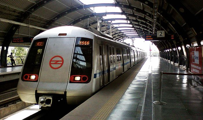 Travelling by Delhi Metro to Get Costlier Fare Hike by Rs 10 From October - India.com #757Live