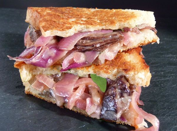 Grilled Cheese/Short Rib Sandwich | Denver Colorado Food and Cocktail Blog with Recipes
