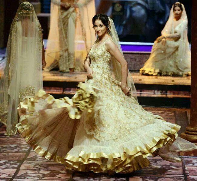 White Wedding Indian Dress: White Lehenga Wedding Dress