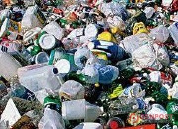 Sampah Plastik  Ancam Kelestarian Mangrove - http://denpost.imediamu.com/2015/02/23/sampah-plastik-ancam-kelestarian-mangrove/