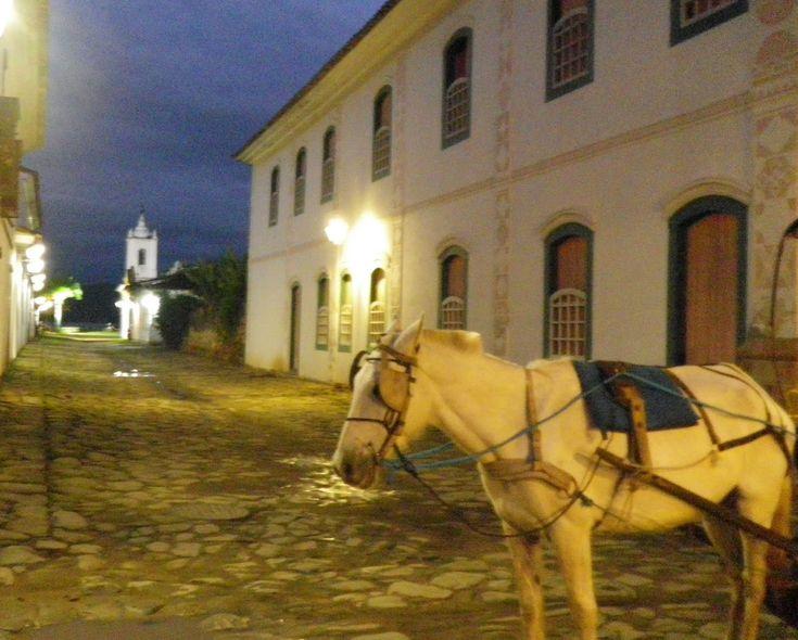 Centro histórico de Paraty à noite