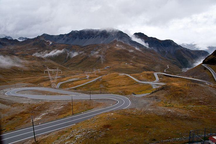 Umbrail Pass seen from Stelvio