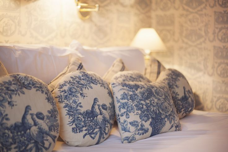 Chic french furnished bedrooms