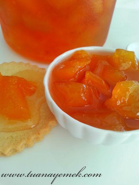 Malzemeler:  - 1 kg şeftali ( kabukları soyulmuş,çekirdekleri çıkartılmış halde )  - 1 kg toz şeker  - 1 çay k...