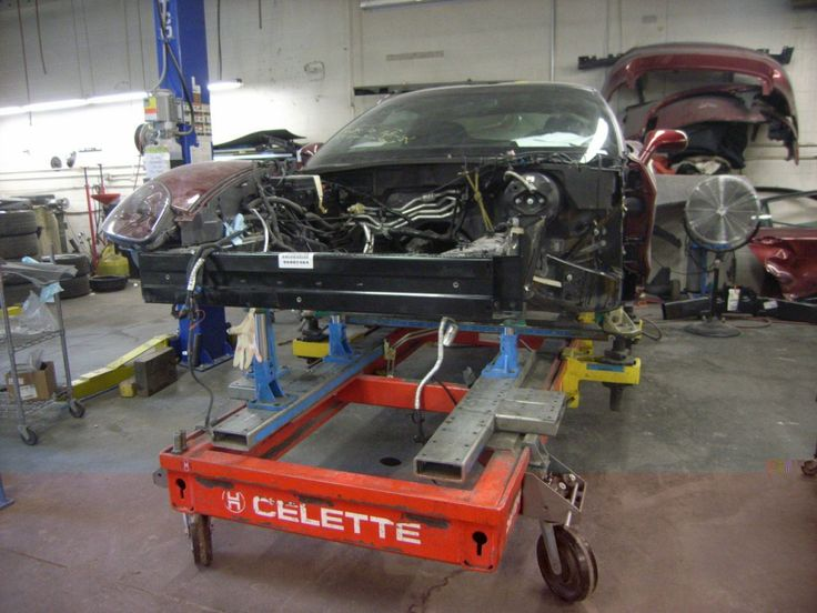 A customers car on the Celette bench. The Celette bench is