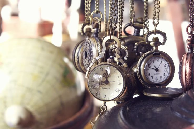Pocket watch necklaces are one of my biggest obsessions.