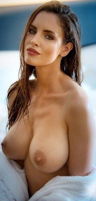 beautiful nude women galleries