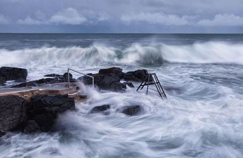 FEATURED PHOTOGRAPHER OF THE WEEK This is Herring Pond Pool in Portstewart. Its a popular coastal swimming hole but when the weather is stormy its understandably empty. Handily for Fujifilm X-T1 user @nigelcookephotography its just a few minutes from his home so he regularly heads there when the conditions are right. On this occasion he used his XF18-135mm to keep at a safe distance but managing to get the contrast between the man-made steps and the power of nature #fujifilm #xt1 #seascape…