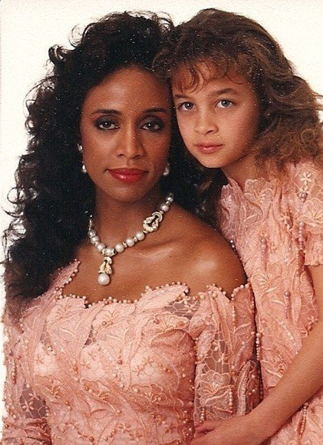 THROWBACK FAB: Nicole Richie & Mom Brenda Harvey Richie Post Childhood Pics | The Young, Black, and Fabulous