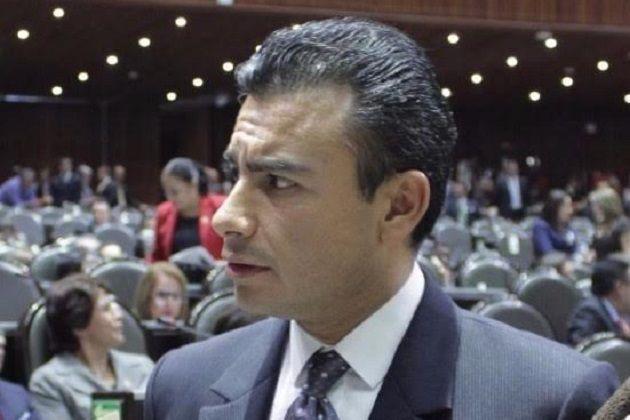 El diputado federal del PRD celebró que se haya aprobado en Comisión legislativa el Dictamen de la Ley Federal de Zonas Económicas Especiales, que hoy se analizará y votará en ...
