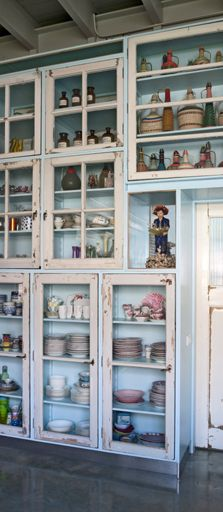 Kitchen Cabinet Wall for Studio Boot Photography by Thomas Mayer