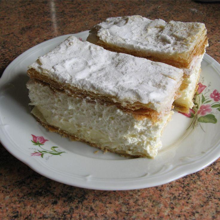 Ciasto francuskie z budyniem