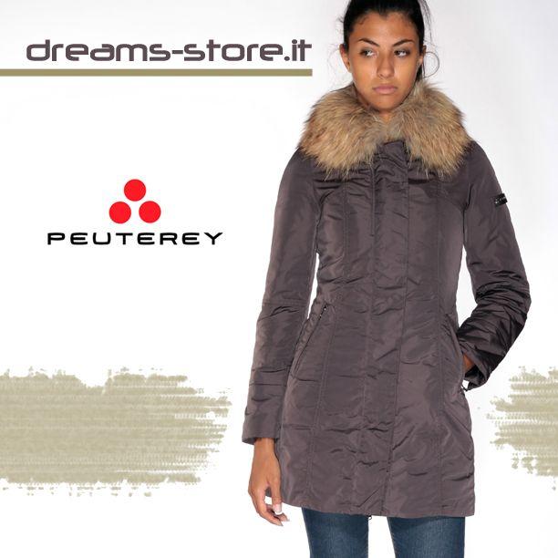 Dreamstore PEUTEREY METROPOLITAN DW (PED0866) è la giacca Urban coat in taffetà di nylon cangiante, completamente reversibile, con un lato liscio e uno trapuntato. Ampio cappuccio, full zip centrale e tessuto water repellent. #dreamstore #totallook #fashion #jackets #shoes #sneaker #caps #bracelet #instaday #instafashion #picoftheday #fashiononweb #fw2013_2014 #fallwinter