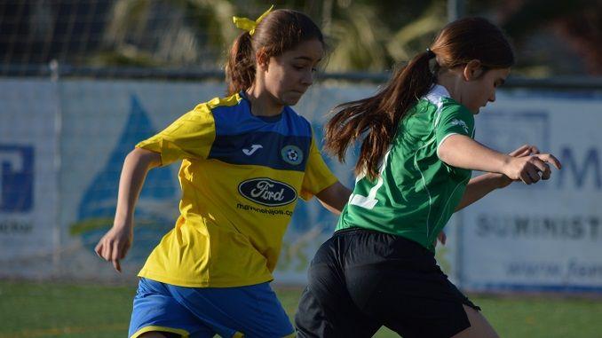 Los tres equipos en competición del Femenino Don Benito Balompié, el derbi comarcal U.D. Cruz Villanovense en categoría Primera División Extremeña Femenina.